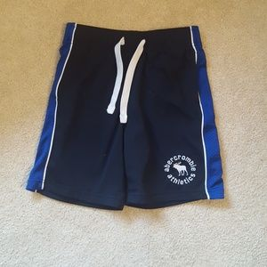Abercombie kids athletic shorts size med